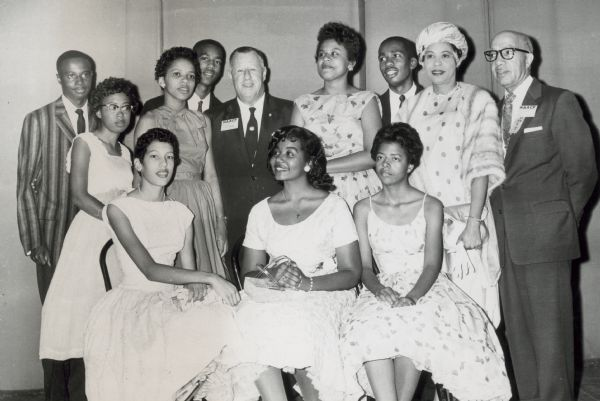 Daisy Bates, Little Rock 9, and NAACP officers | Zinn Education Project