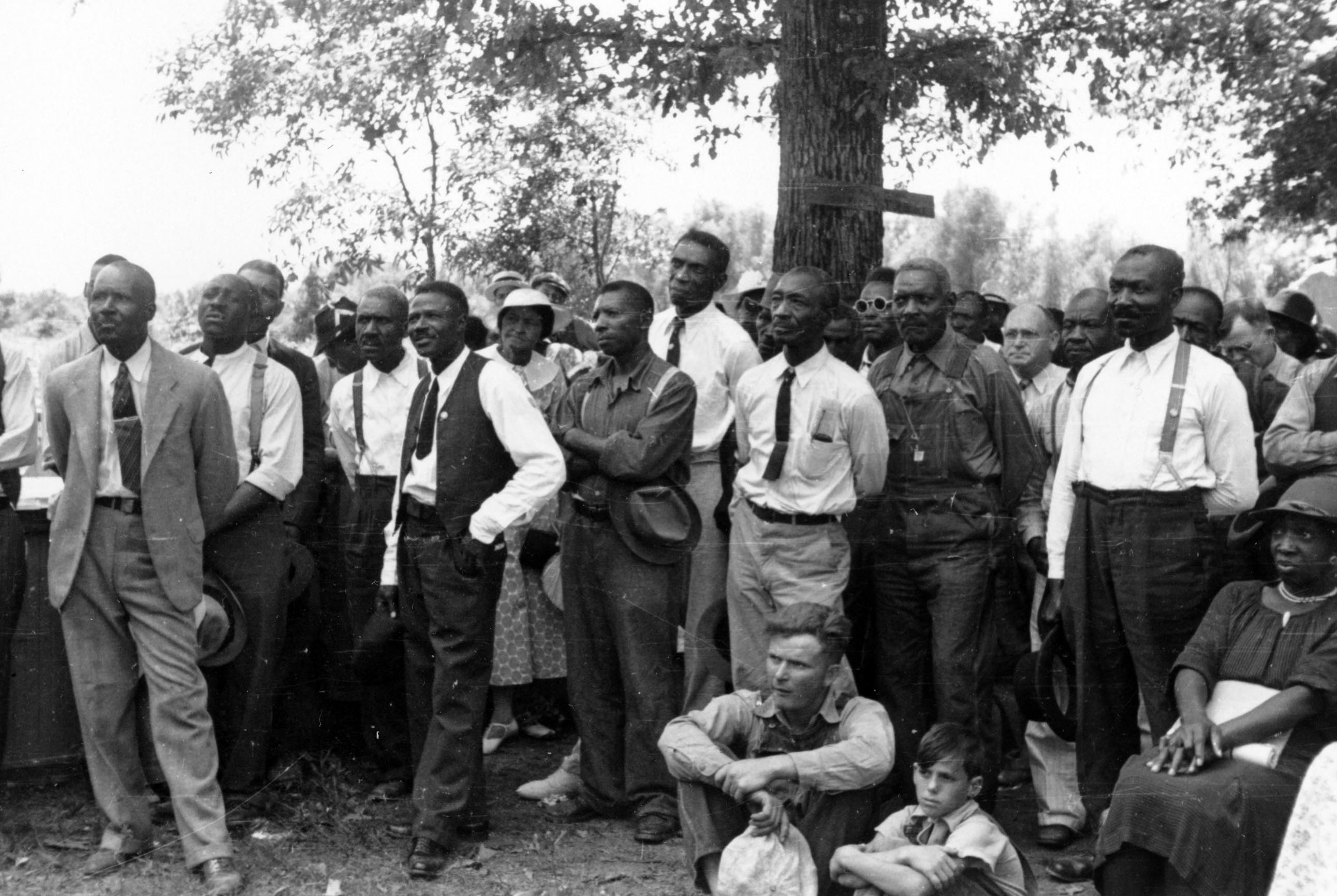 Southern Tenant Farmers' Union: Black and White Unite? (Teaching Activity) | Zinn Education Project: Teaching People's History