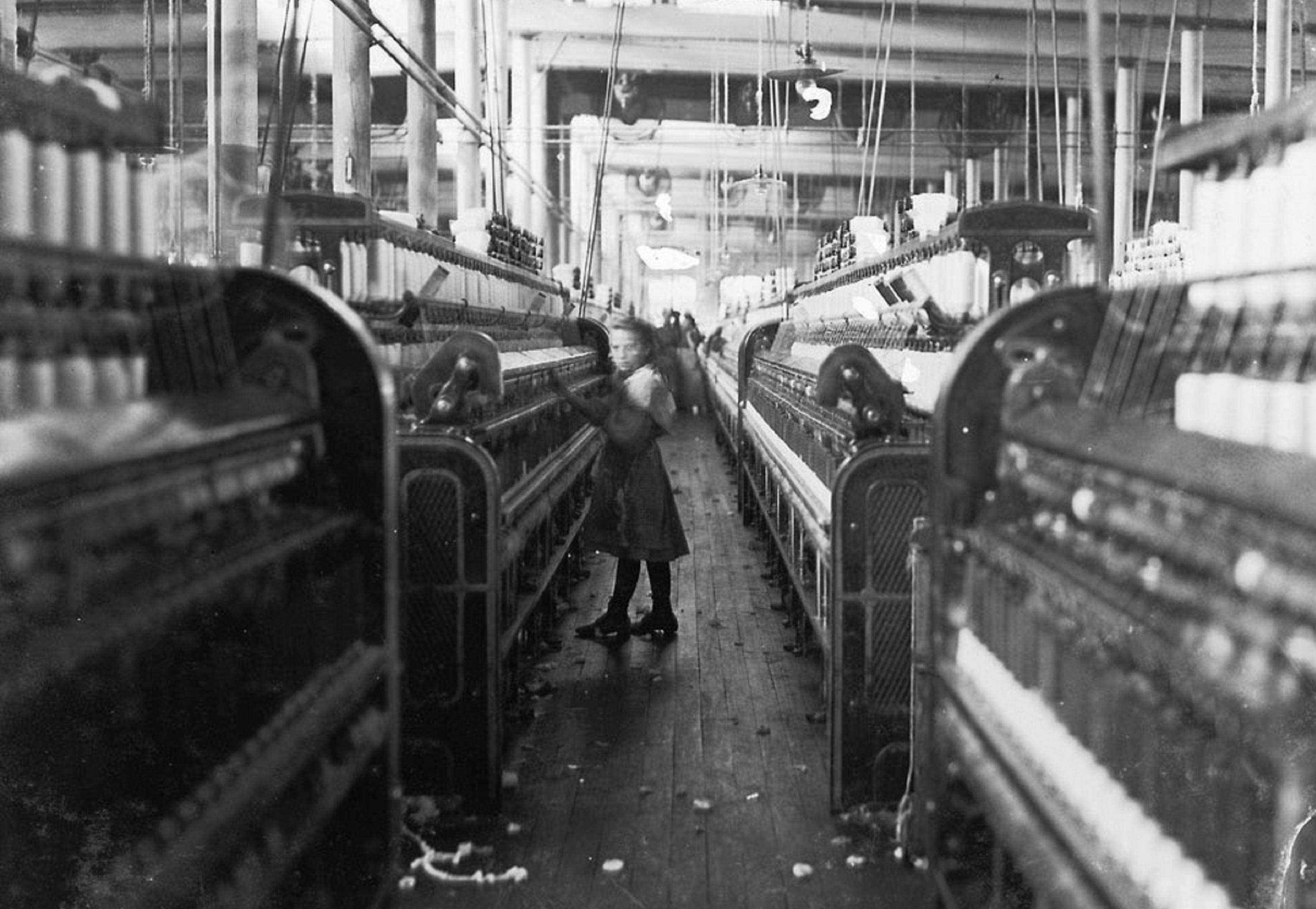Little girl spinner in Mollahan Cotton Mills | Zinn Education Project