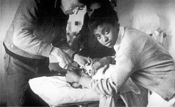 Saleria Kea was a nurse in the Lincoln Brigades http://www.alba-valb.org/resources/volunteers/salaria-kea