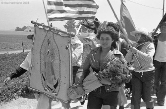 woman_with_flowers_ufw_1979