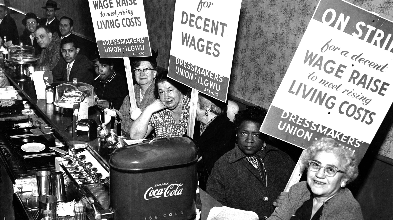 1933 Dressmakers' Union strikers. Image: Kheel Center/Cornell University Library.