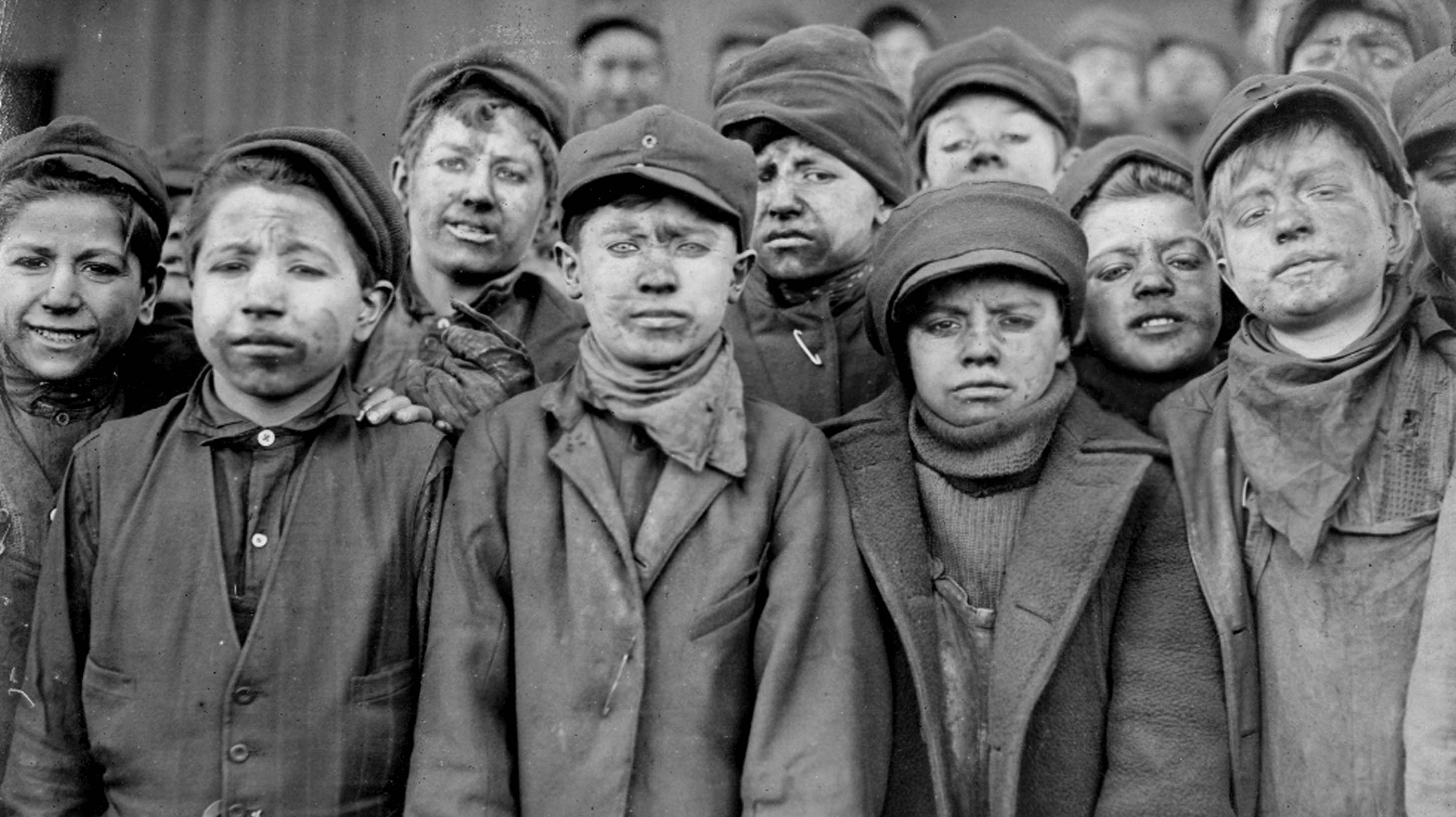 Breaker boys working in South Pittston, Penn. coal fields. Image: Lewis Hines/Library of Congress.