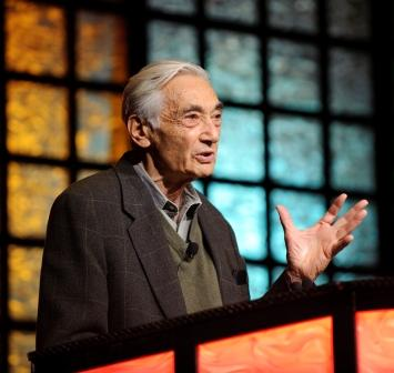 Howard Zinn at the 2008 NCSS Conference | Zinn Education Project